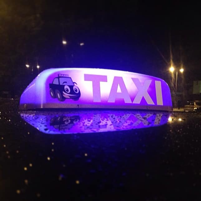 Look for the PURPLE Taxi Roof-Light - Devon Pixels