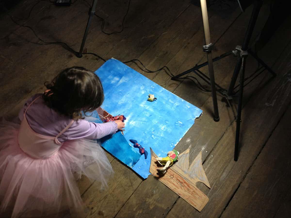 The-Art-Hopper-Workshop-in-action
