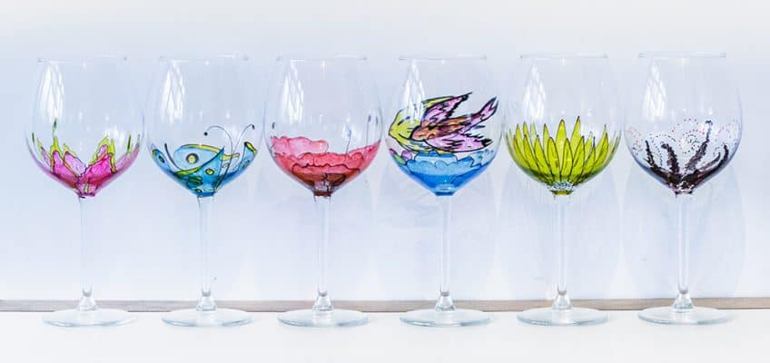 Mytakeonpretty – Personalised Hand Painted Glasses & more